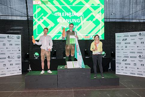 Die-Sieger-im-vierten-Lehrjahr-Planung-v.l.David-Decker-Tirol-Julian-Hannes-Fink-Steiermark-Patrizia-Luger-Vorarlberg-